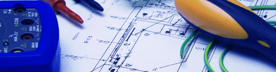 Geräte und Pläne für Elektroinstallation